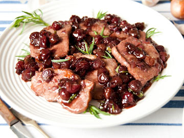 Blueberry Onion Sauced Pork Tenderloin - Dietitian's Choice Recipe
